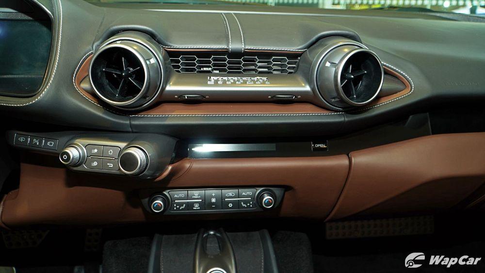 2020 Ferrari 812 GTS Interior 007