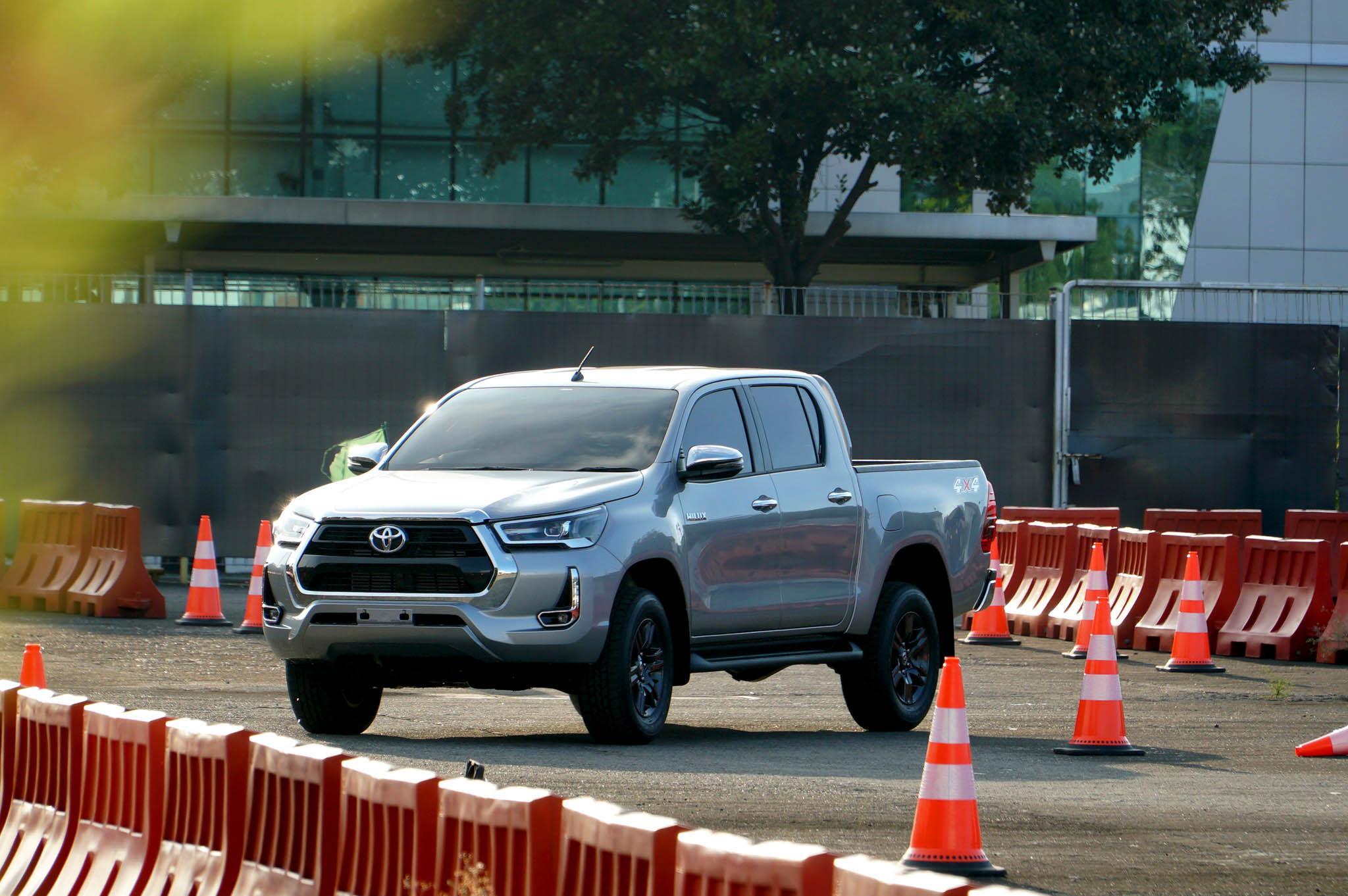 Kekurangan Harga Toyota Hilux 2019 Tangguh