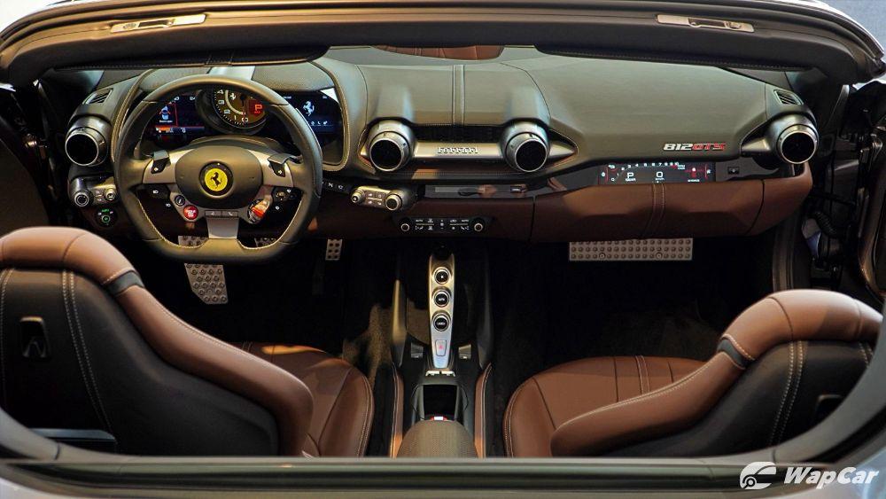 2020 Ferrari 812 GTS Interior 002