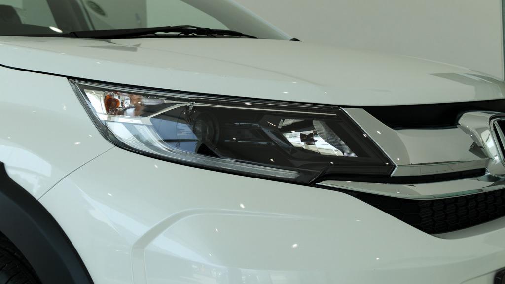 Honda BR-V headlamp