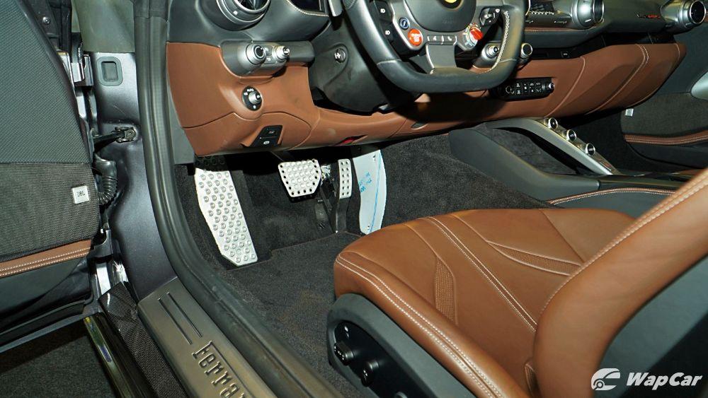 2020 Ferrari 812 GTS Interior 003