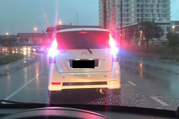 9,000 summonses issued for use of ice-blue brake lights in January to June