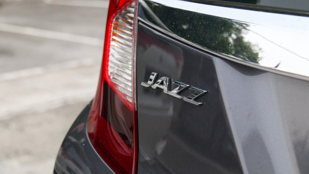 honda jazz variants-I can hardly wait for an answer for this! How many engine options does the new honda jazz variants get? Should i just not worry?00