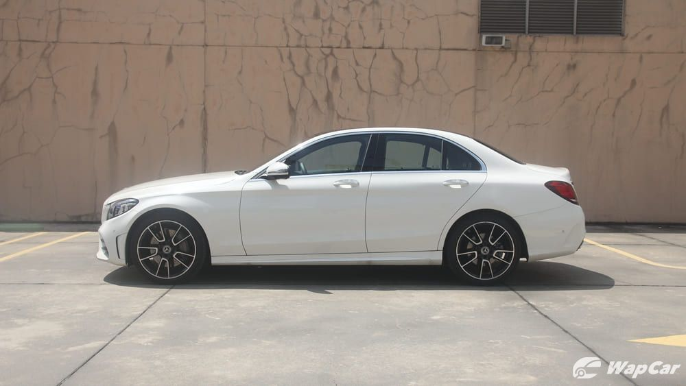 2018 Mercedes-Benz C-Class C 300 AMG Line Others 008