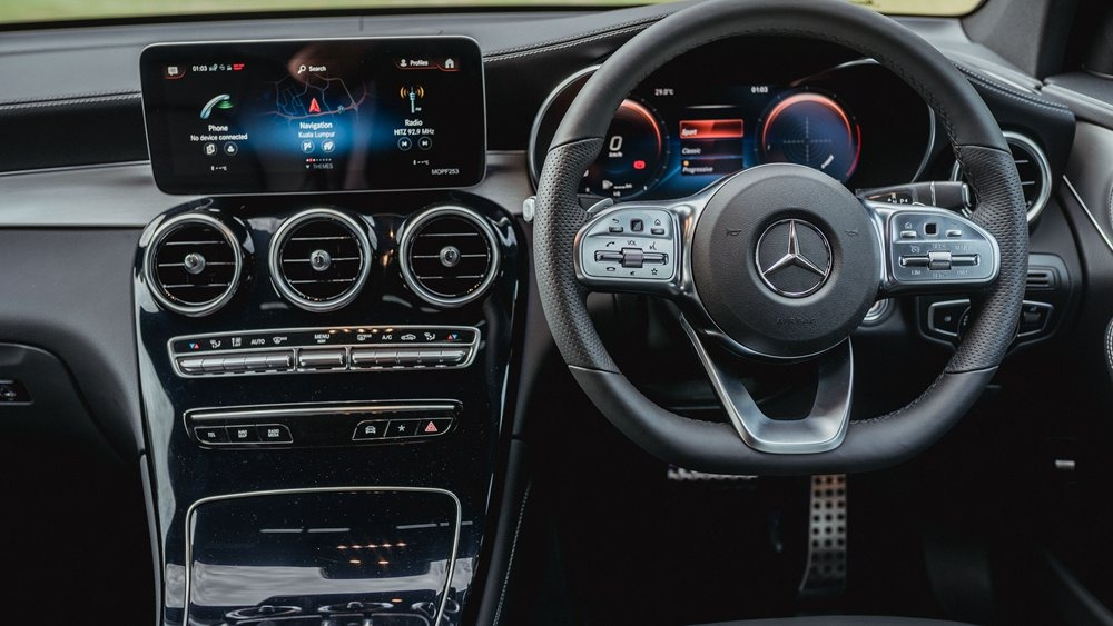 GLC Coupe-{in} 03