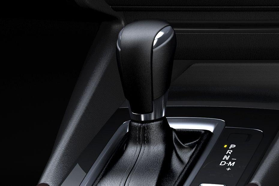Mazda 3 Sedan (2018) Interior 005
