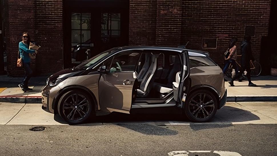 BMW i3s (2019) Interior 009
