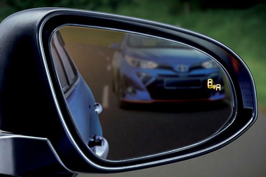 Toyota Vios (2019) Interior 008