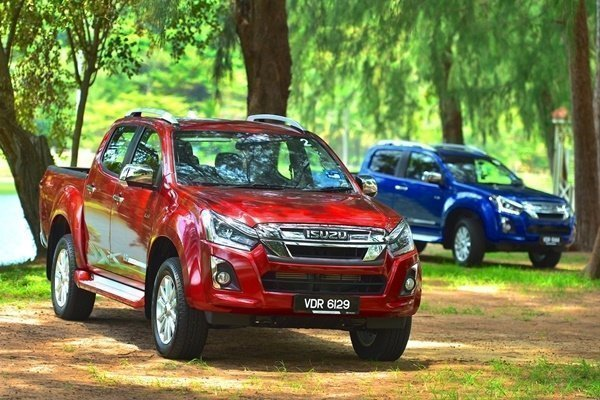 Up to 6 months deferred instalments for a new Isuzu D-Max
