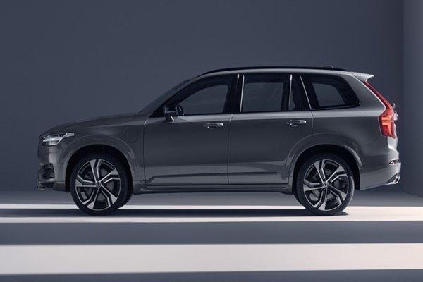 Volvo Cars welcomes ex-Mercedes-Benz designer