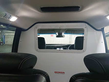 Honda modifies Step WGN and Odyssey to transport Covid-19 patients in Japan