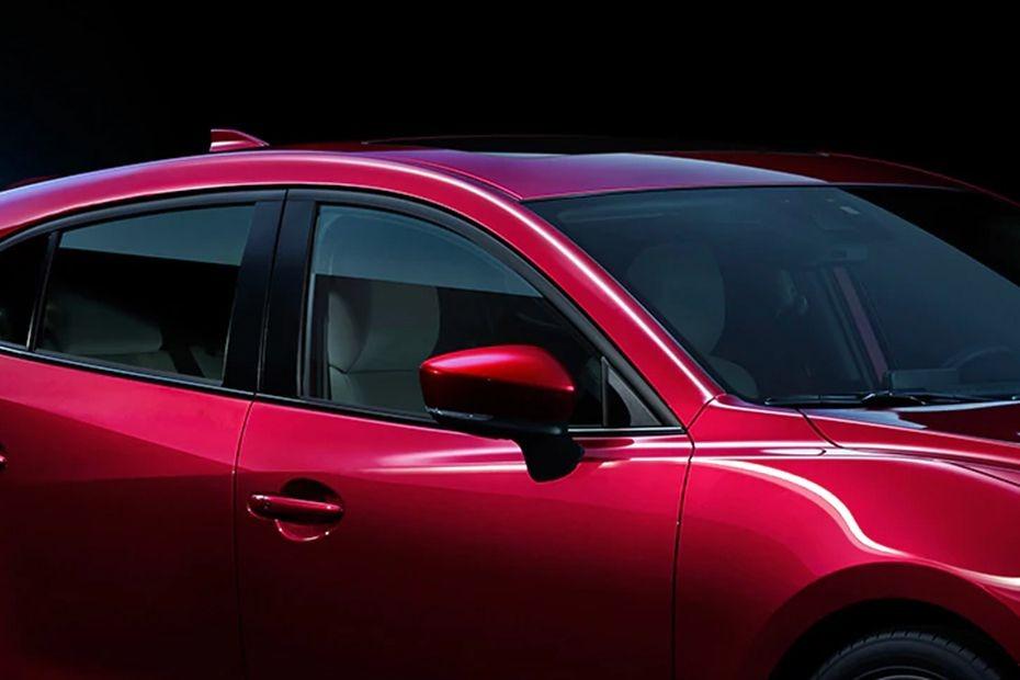 Mazda 3 Sedan (2018) Exterior 008