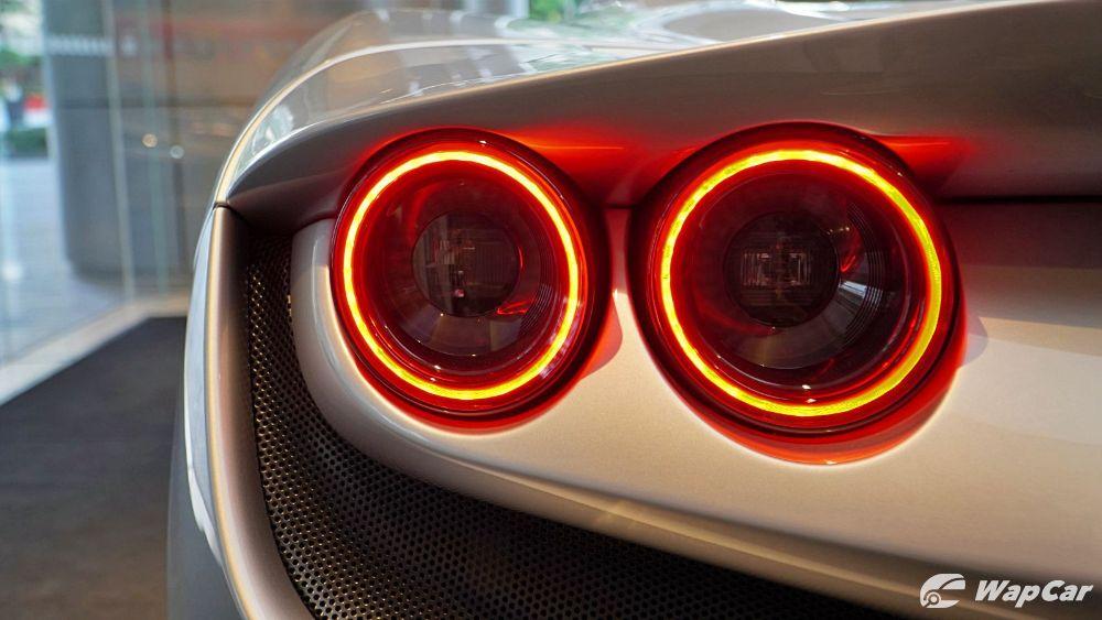 2020 Ferrari F8 Spider  Exterior 006