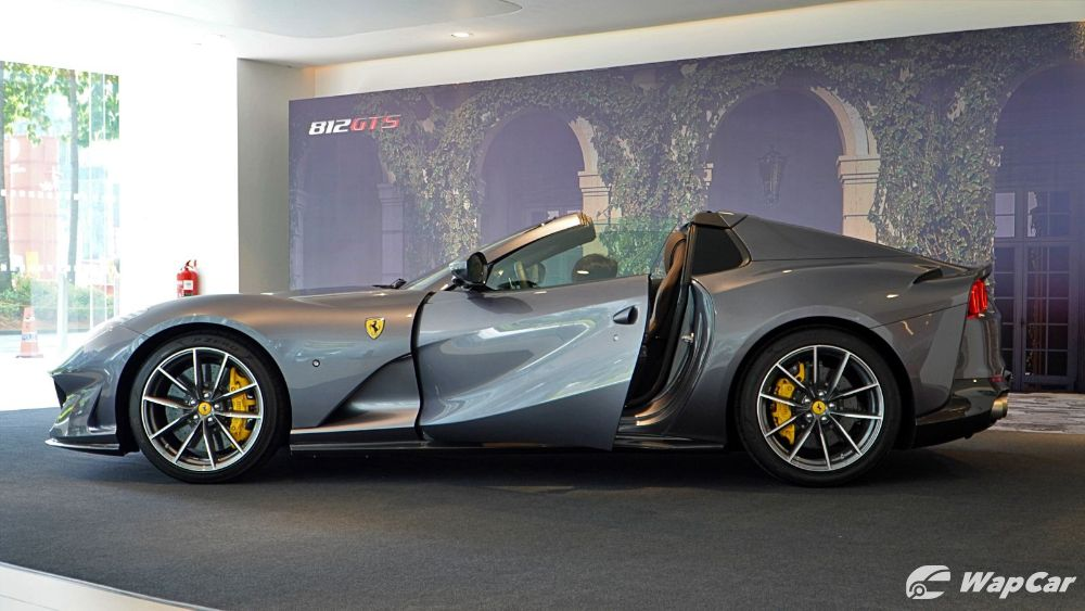 2020 Ferrari 812 GTS Exterior 008
