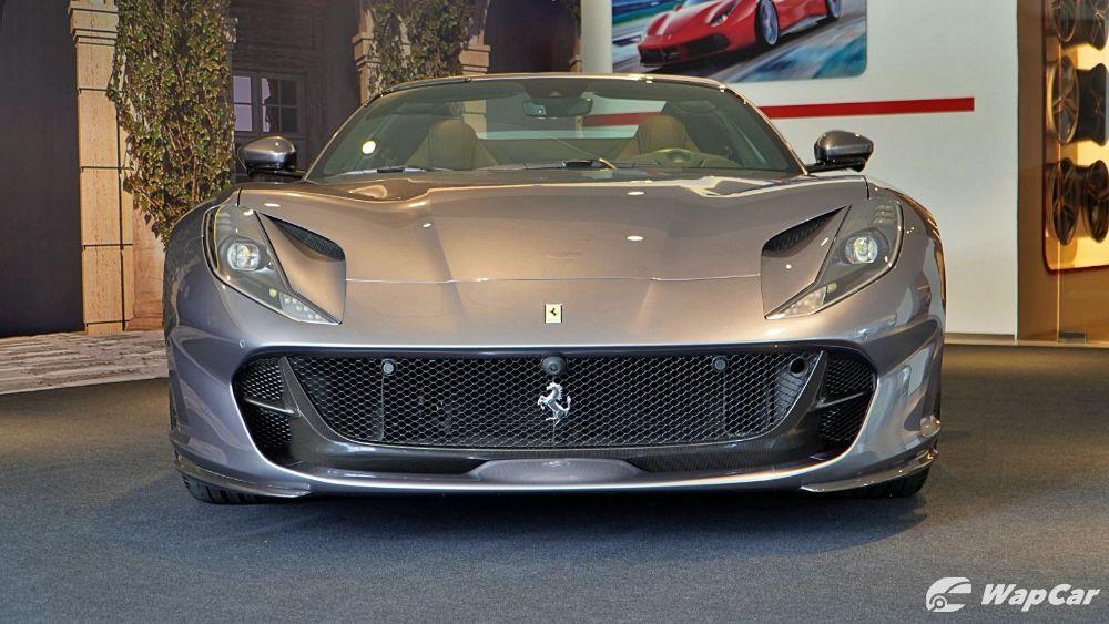 2020 Ferrari 812 GTS Exterior 002