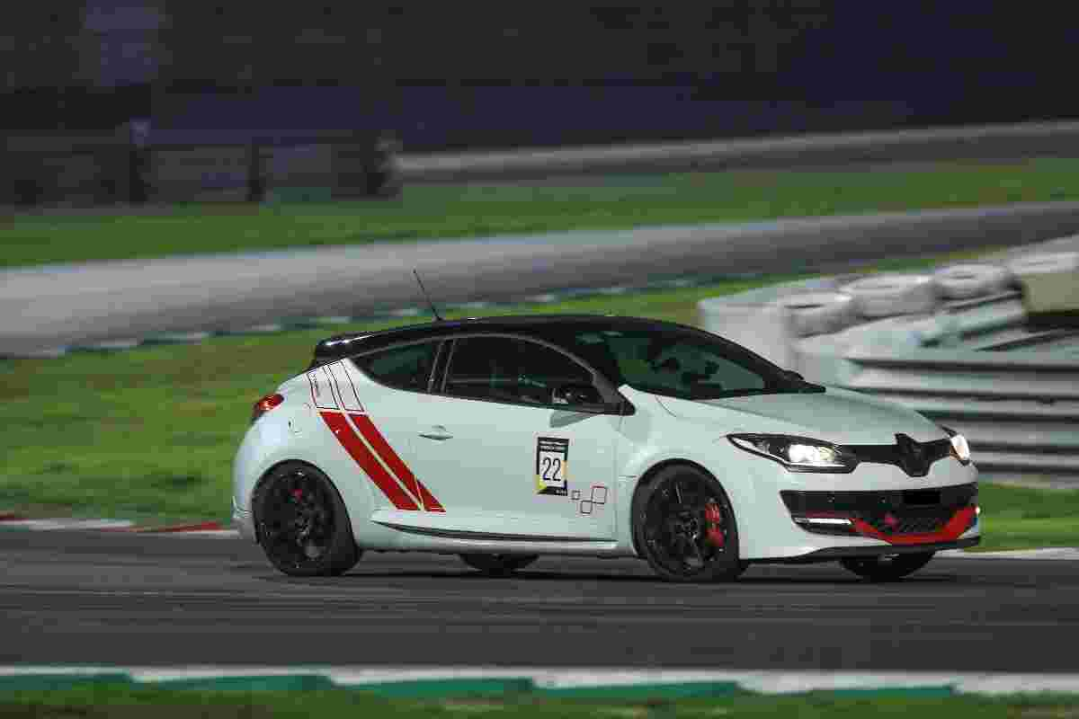 Renault's Megane R.S 280 Cup lapped Sepang in 2.83 minutes!