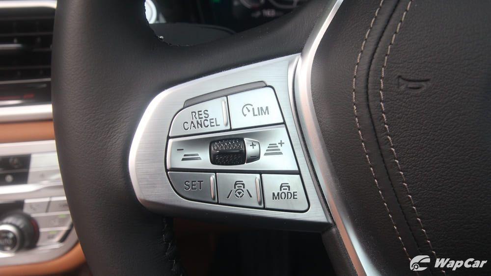 2019 BMW 7 Series 740Le xDrive Interior 006