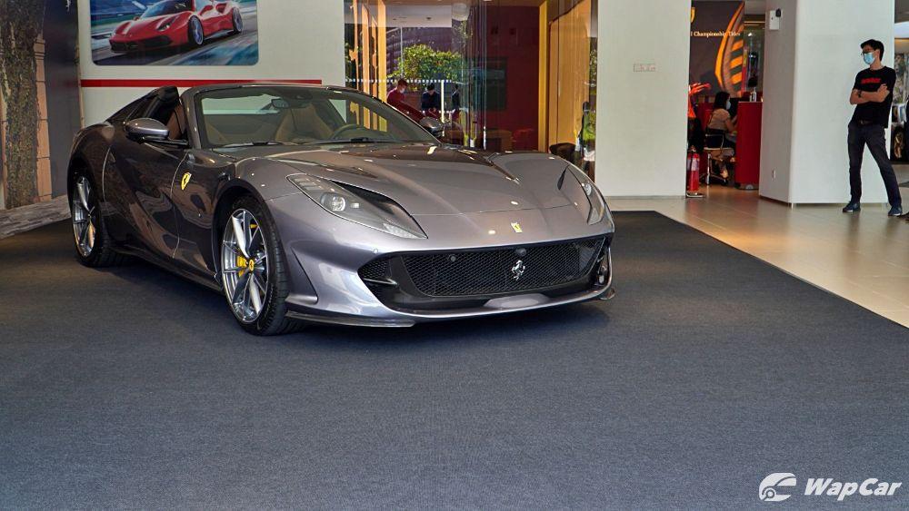 2020 Ferrari 812 GTS Exterior 004