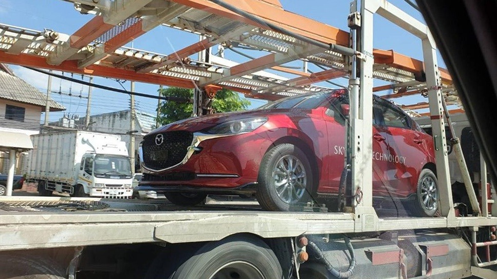 2020 Mazda 2 facelift spotted in Thailand