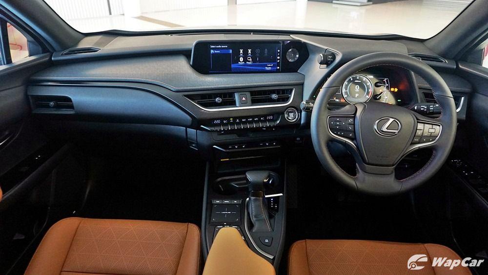 2020 Lexus UX 200 Luxury Others 001