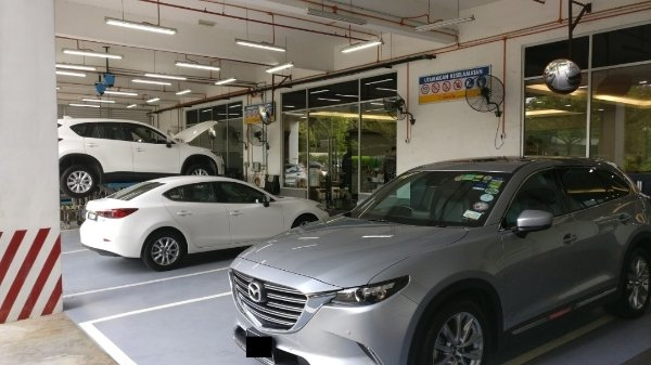 Mazda starts Collect and Delivery service! No, it's not food