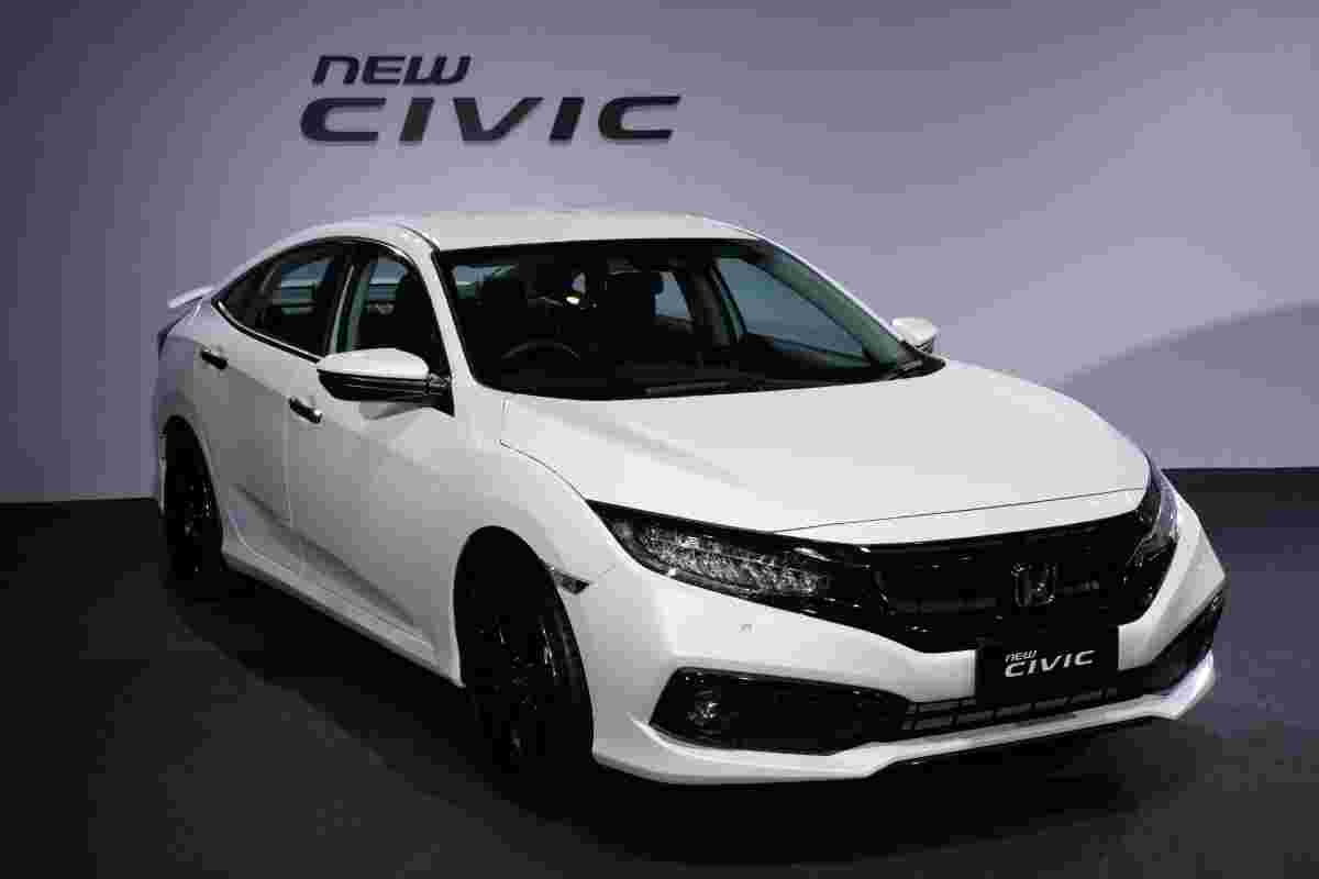 New 2020 Honda Civic (FC) facelift launched - Sensing, LaneWatch, 173 PS, from RM 113k