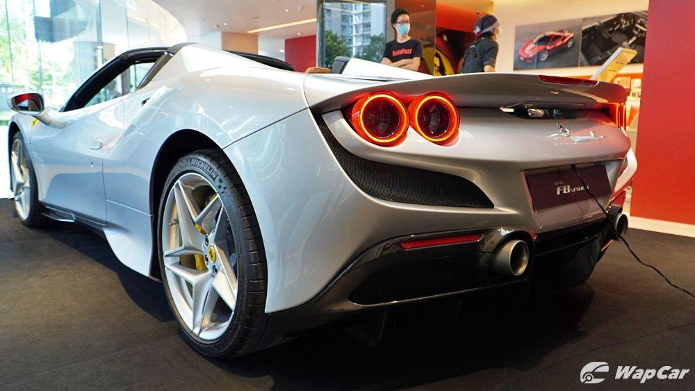 2020 Ferrari F8 Spider  Exterior 008