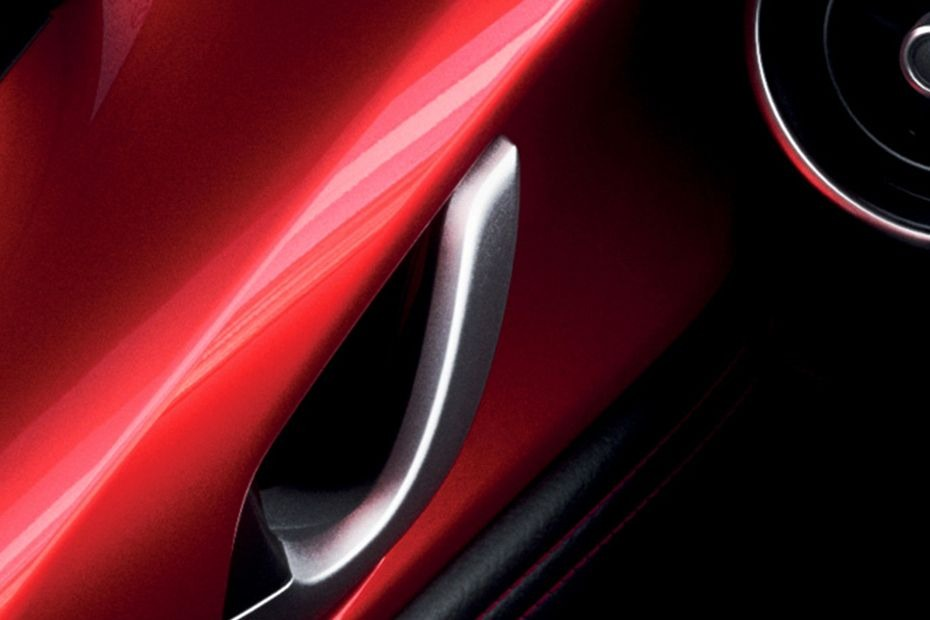 Mazda MX-5 (2018) Others 005