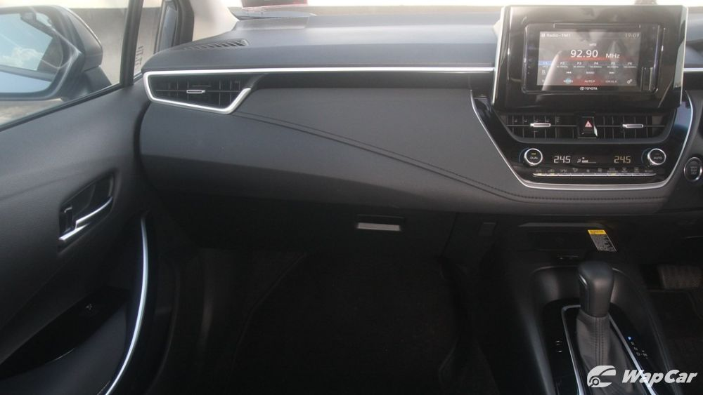 2019 Toyota Corolla Altis 1.8G Others 003