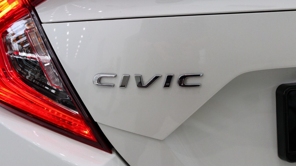 civic sport- I am going to start a new job next week. Is a white civic sport better than a black civic sport? Should i just drop this thought?01