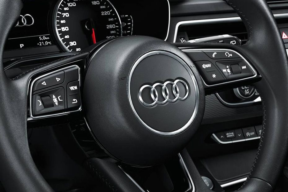 Audi A4 (2019) Others 004