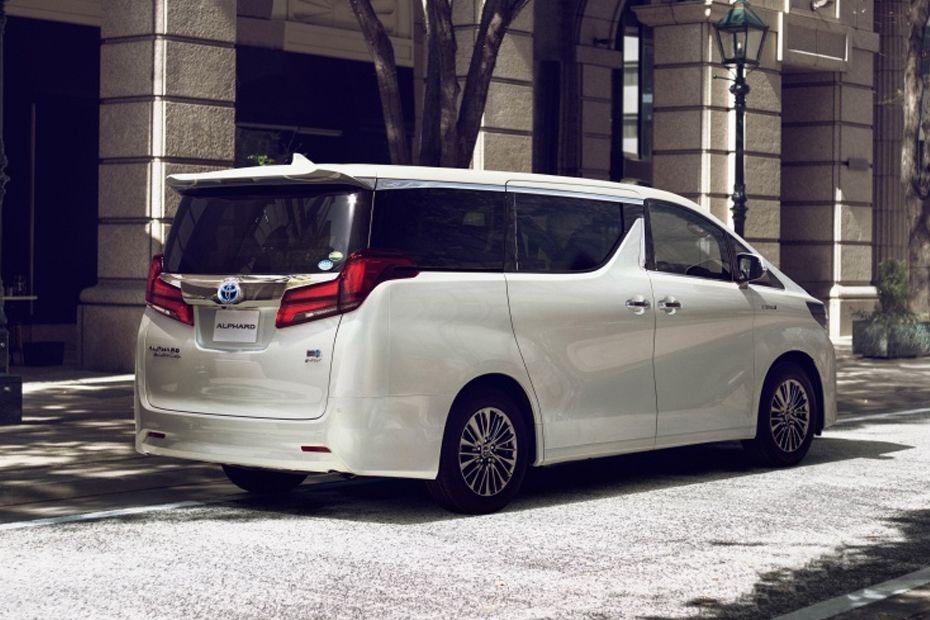 Toyota Alphard (2018) Exterior 002