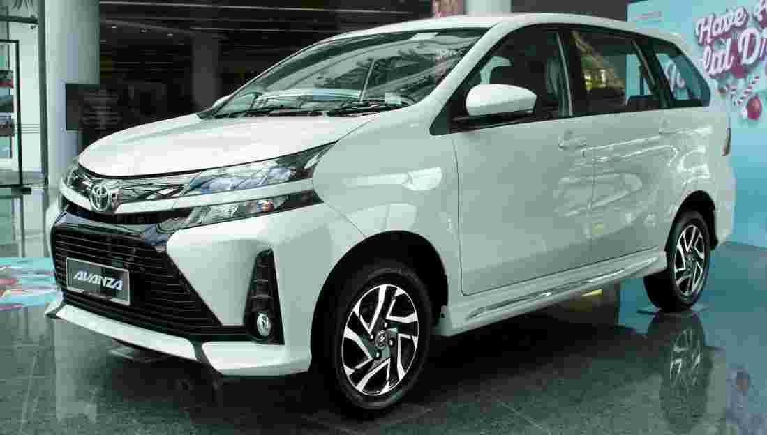 Is the Toyota Avanza a Toyota or a Daihatsu?
