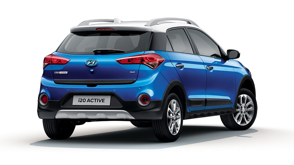 i20 Active-{in} 02