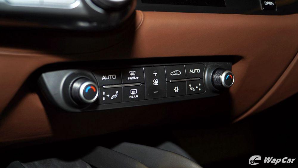 2020 Ferrari 812 GTS Interior 010