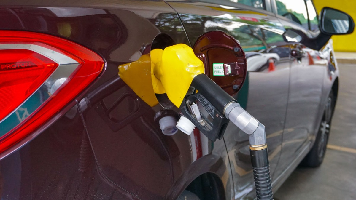 RON95 petrol price to increase by 1 sen/week, starting
