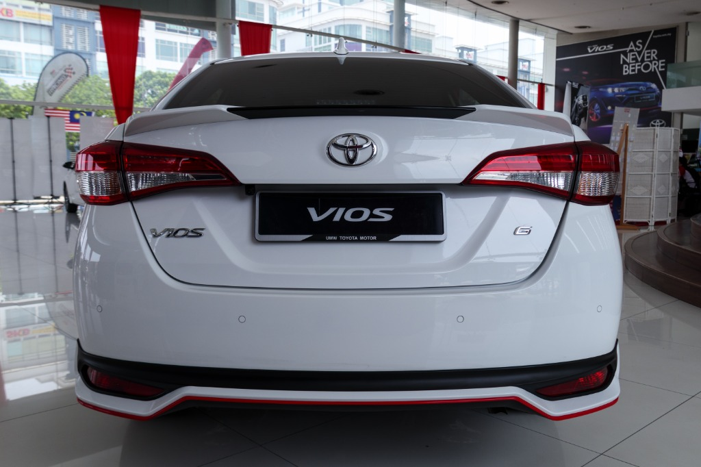 vios 2018 model-I feel uncomfortable but should I do this? Car accessories for your first vios 2018 model. Should i just go without it?02