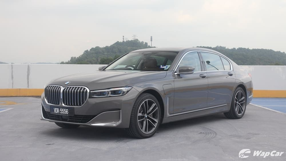2019 BMW 7 Series 740Le xDrive Exterior 001