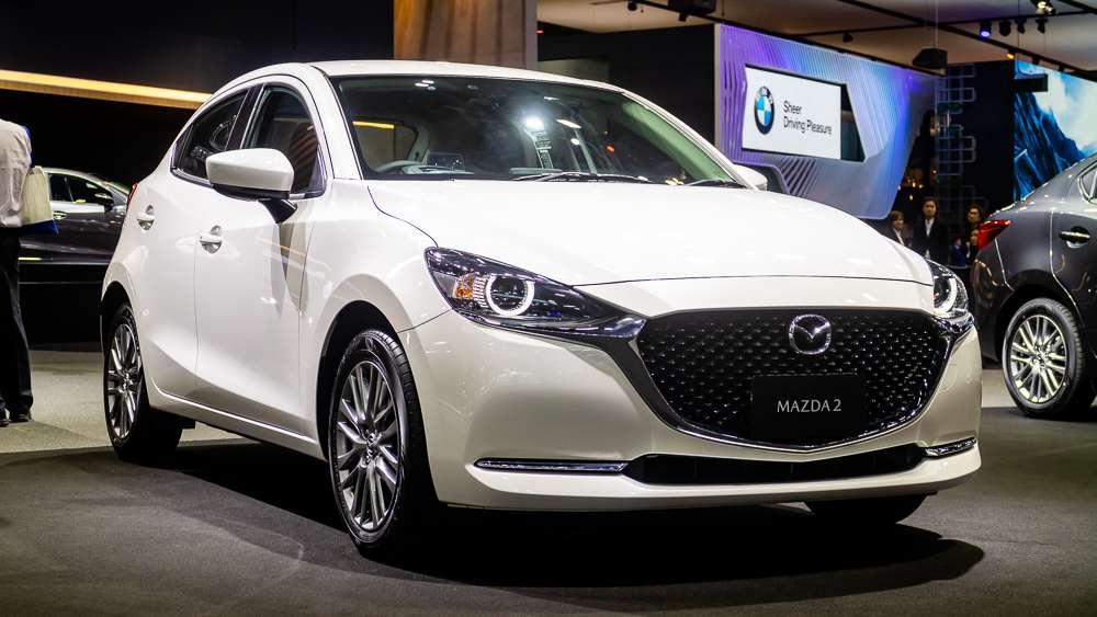 Mazda 2 Hatchback 01