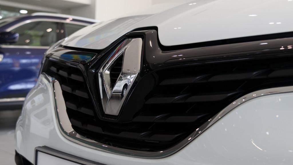 2017 Renault Captur TCe 120 EDC (CKD) Exterior 009