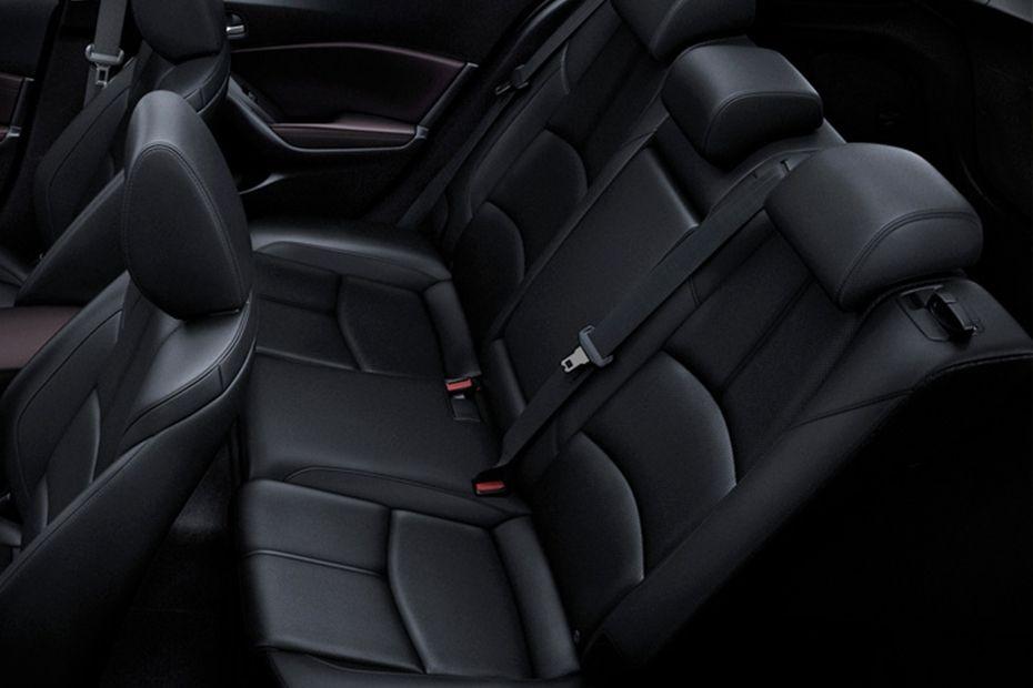 Mazda 3 Sedan (2018) Interior 008