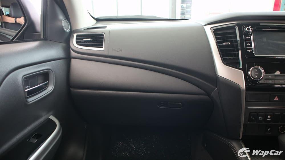2019 Mitsubishi Triton VGT Adventure X Interior 004