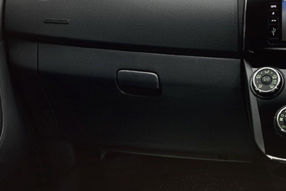 Perodua Alza (2018) Others 004