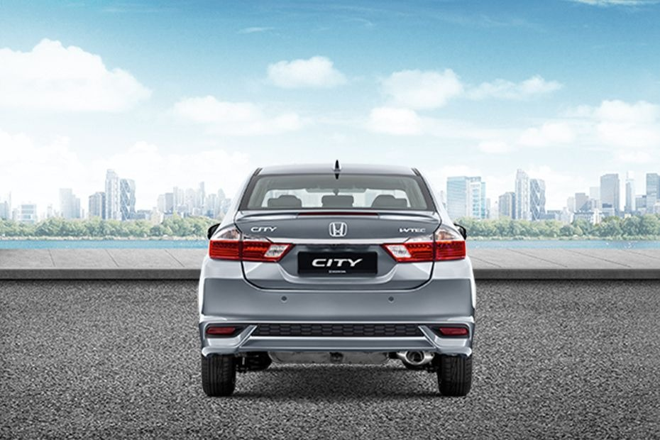 honda city 2017-I drove a smaller car before. Why does each honda city 2017 differ aesthetically? I think i just felt it.02