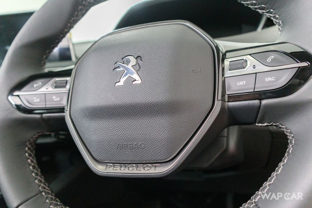 2019 Peugeot 5008 THP Plus Allure Interior 007