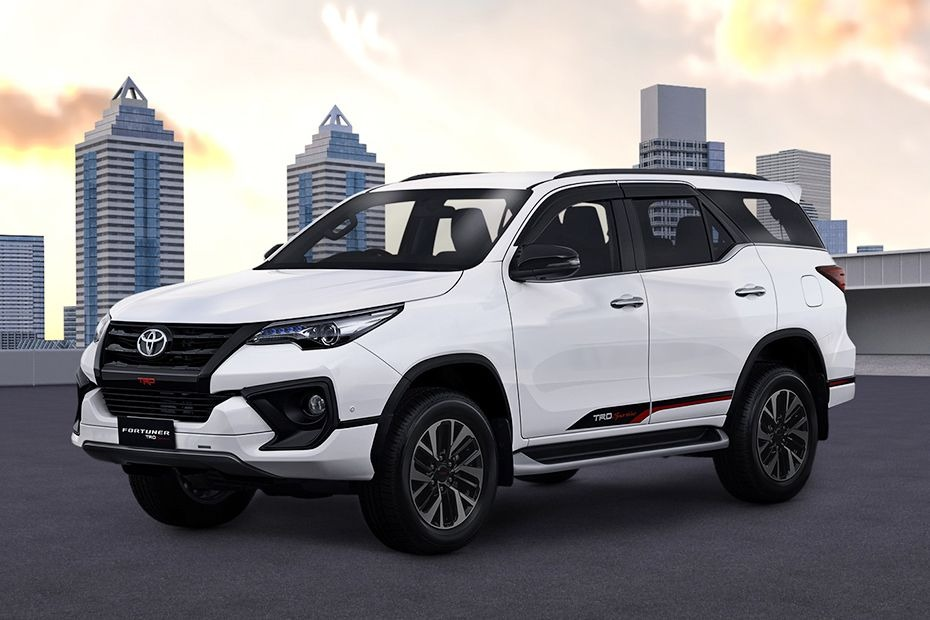 Toyota Fortuner (2018) Others 001