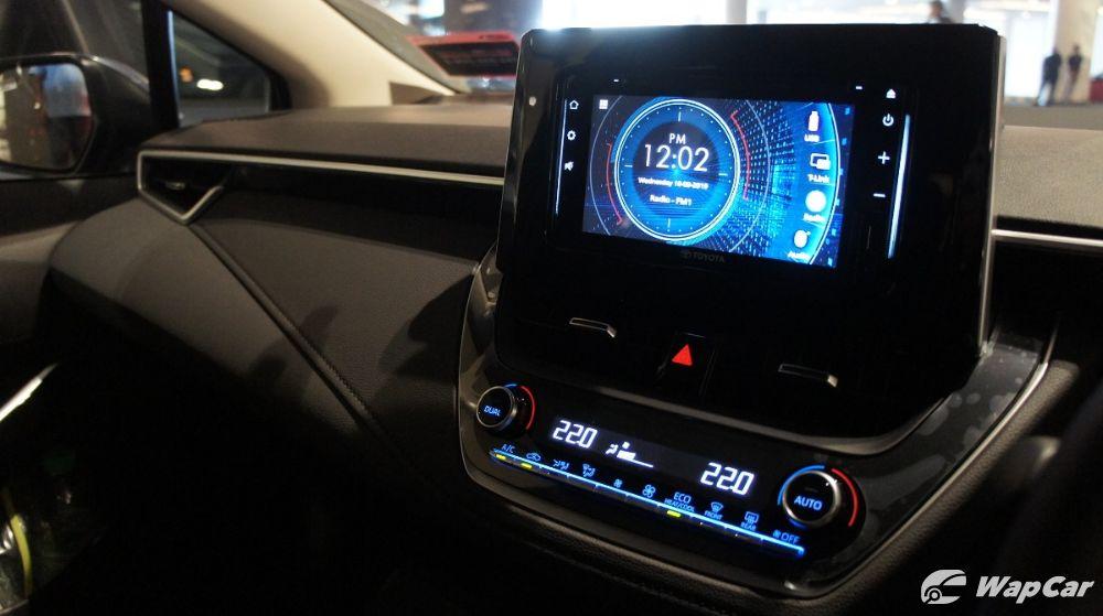 2020 Toyota Corolla Altis Infotainment Screen