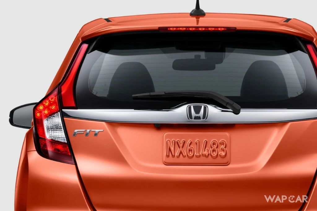honda jazz v cvt-I am afraid that I don't fit for honda jazz v cvt. What are the boot space in honda jazz v cvt? I think i just felt it.10