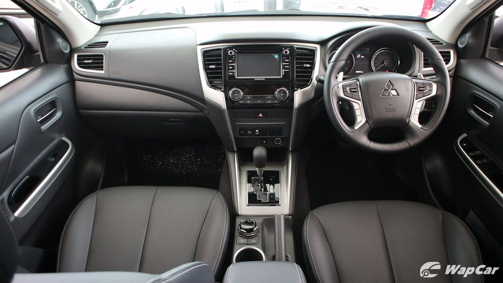 2019 Mitsubishi Triton VGT Adventure X Interior 001