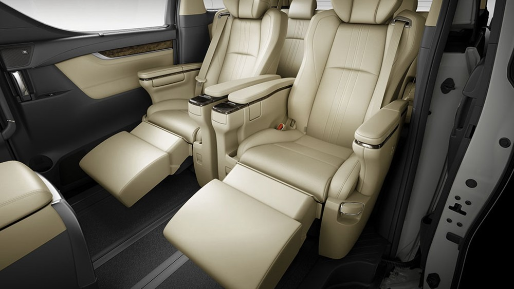 2020 Toyota Alphard 3.5 Interior 001
